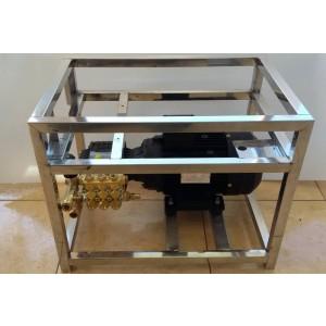 Установите насос и двигатель на раму для стирки с помощью аксессуаров 15 л / мин. 130бар эквивалента CAT350